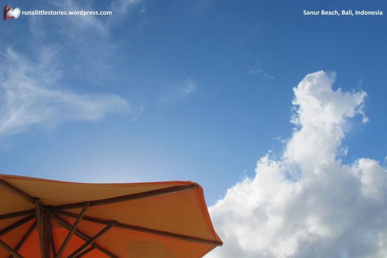 2014-09 Sanur Sky Love It